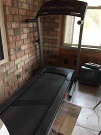 Treadmill, includes Original Manuals