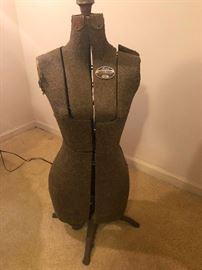 Acme adjustable dress form