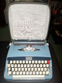 Vintage Blue Webster XL500 Typewriter in original Case