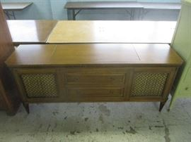 Stereo and record player console