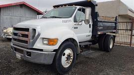 #25: 2005 Ford F-650 Dump Truck,