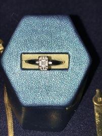 Diamond ring set in 14k