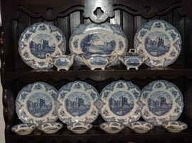 BLUE AND WHITE DISH LOT
