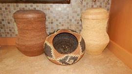 VINTAGE NATIVE AMERICAN STYLE BASKETS.  THEY ARE IN EXCELLENT CONDITION!! ALL PRICED SEPARETLEY