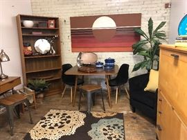Some nice mid century small items throughout the sale