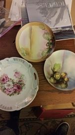 Assorted vintage china plates