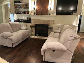 Pristine living room set!