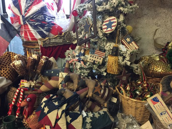 More 4th July ornaments and decorations