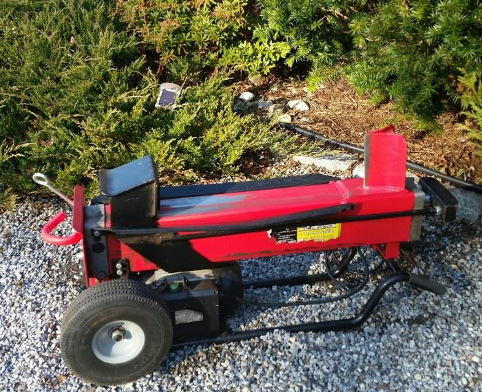 Log Splitter  (electric )