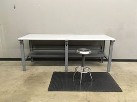 Workbench (3), with stools and grounded padded mats.
