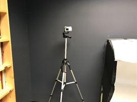 Olympus digital camera w/tripod