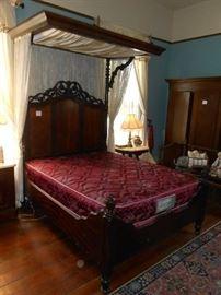 Mitchel & Rammelsberg Half Tester Bed