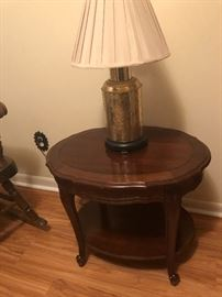 Oval End Table and Lamp