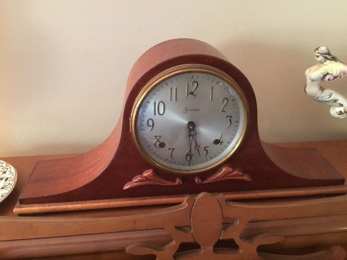 Session Mantel clock