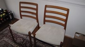 Danish Modern Dining room table & 8 Chairs.  Denmark Moller - all CLEAN and damage free.
