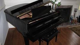 Everett Baby Grand Piano - black laquer.