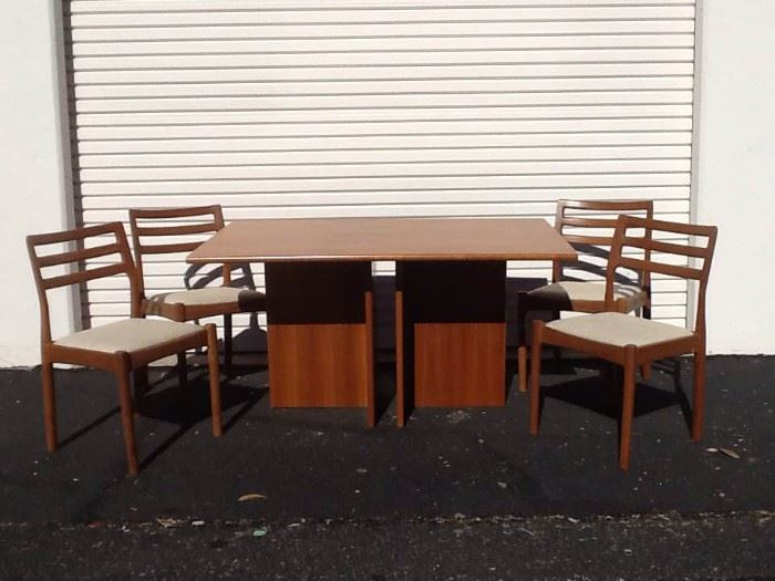 EB501 MidCentury Teak Wood Dining Set