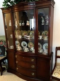 This South Toledo Villa Is Full Of Nice Furniture and Treasures!...AND...The Villa Is For Sale Too!  Come See!  OK...Let's Start Off With Furniture...Here's A Stunning Bow Front Glass China Cabinet...A Must See...
