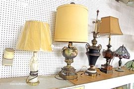 zbaIMG 3754 auction Decorator Lamp Table with Original Tags and More  Located Inside – Auction Estimate $50-$300