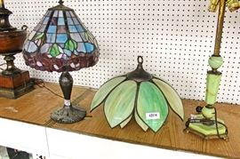 zbaIMG 3759 auction Selection of Lead Glass, Panel and Reverse Painted Table Lamps  Located Inside – Auction Estimate $50-$400 Each