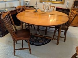 $200  Maple, round dining set with chairs