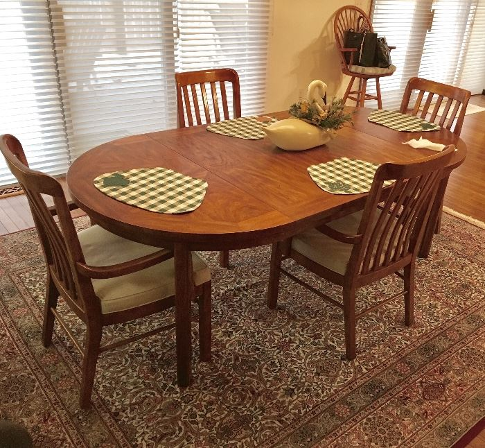 DREXEL DINING SET WITH BUFFET/SIDEBOARD.
