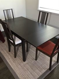 Contemporary Dining Table 4 chairs