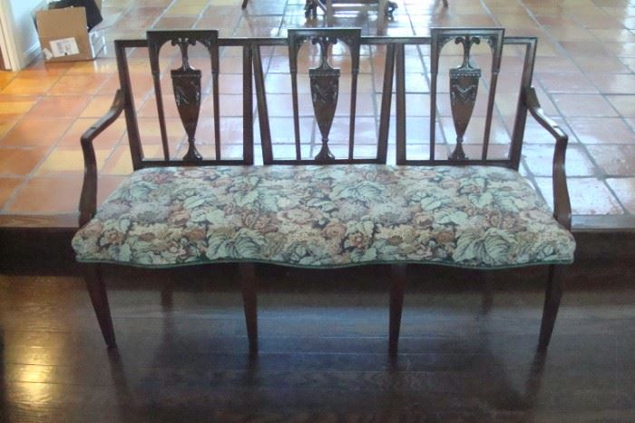 Antique Hepplewhite style settee.