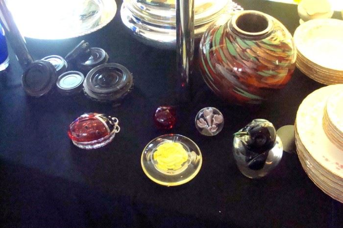 Some Murano glass items.