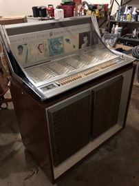 Seeburg Console Juke box