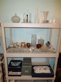lots of misc china, crystal & decorative items