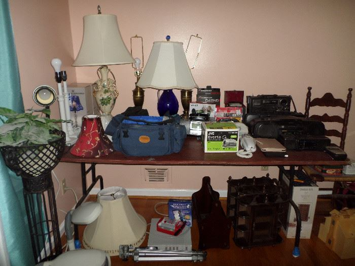 some of the lamps, boom boxes & small jewelry cabinets