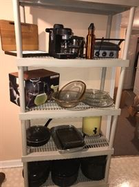POTS AND PANS / BAKEWARE