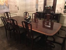 Henredon Table and Chairs