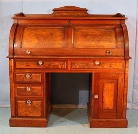 089a  Walnut Victorian cylinder roll desk with burl trim, 49 in. T, 48 in. W, 23 in. D.