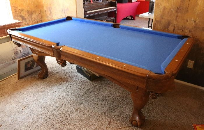 7ft Oak Claw Foot Pool/Billiard Table BLUE Felt (PRICED WITH MOVING)	31.5x 49.5x89in HxWxD