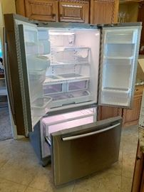 Samsung 25.5 cu. Ft. French Door Refrigerator RF267ABRS Stainless Steel 70x36x35in HxWxD