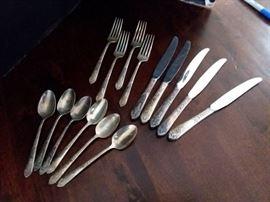 CLR27 Royal Crest Sterling Silver Silverware