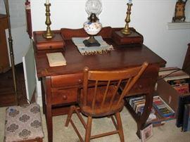 Nice early desk