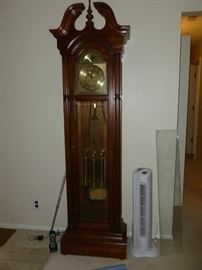Beautiful Howard Miller Grandfather Clock..works perfectly, sounds gorgeous!