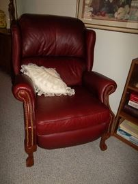 wingback recliner