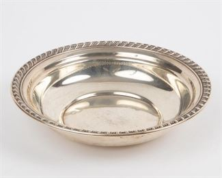 Lot 96: Wallace Sterling Bowl