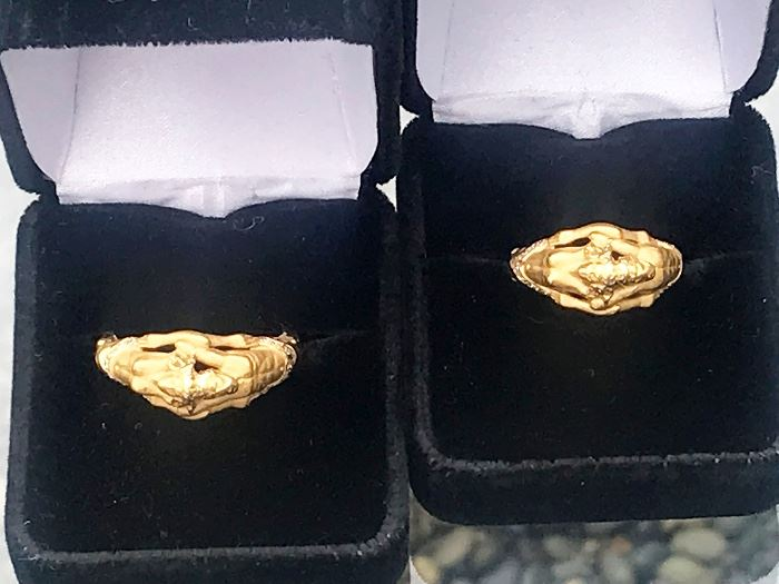 Carrera Y Carrera Adam & Eve Mens & Ladies Matching Rings 18K Yellow Gold & Diamond Rings. Excellent Condition, Barley Worn with original box & papers