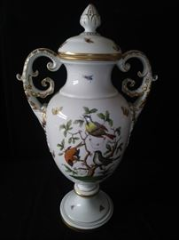 A Herend Hungarian porcelain two-handled ornithological 'Rothschild