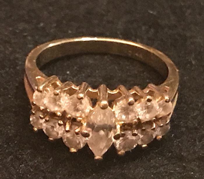 14K ring w/CZ (cubic zirconia)