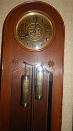 """THIS CLOCK HAD A EMBOSSED """"EMBEE"""" ON THE PENDULUM"""