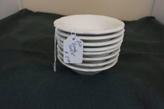 Set of 8 Vanilla Dishes