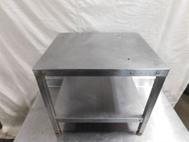 2 Foot Stainless Steel Equipment Stand