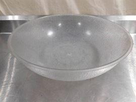 1 Large Plastic Bowl