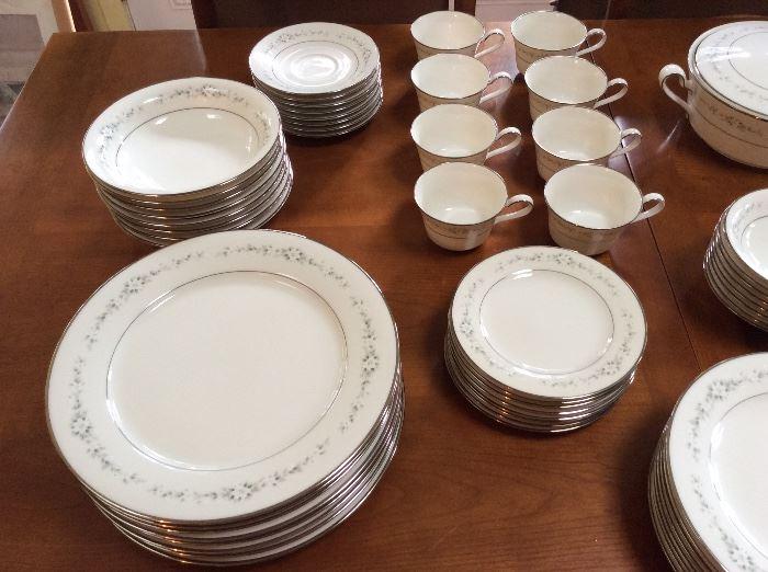 """Noritake """"Heather"""" dinnerware."""